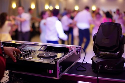 Hiring The Best Wedding DJ For Your Event
