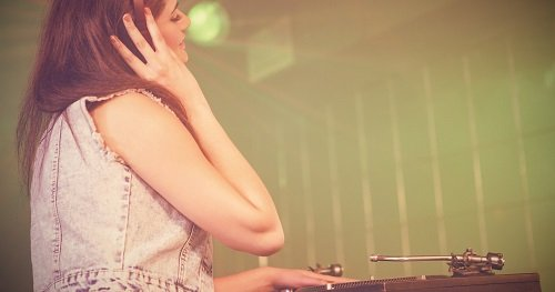 What Wedding DJs Want You To Know