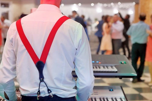7 Things You Wedding DJ Needs To Know